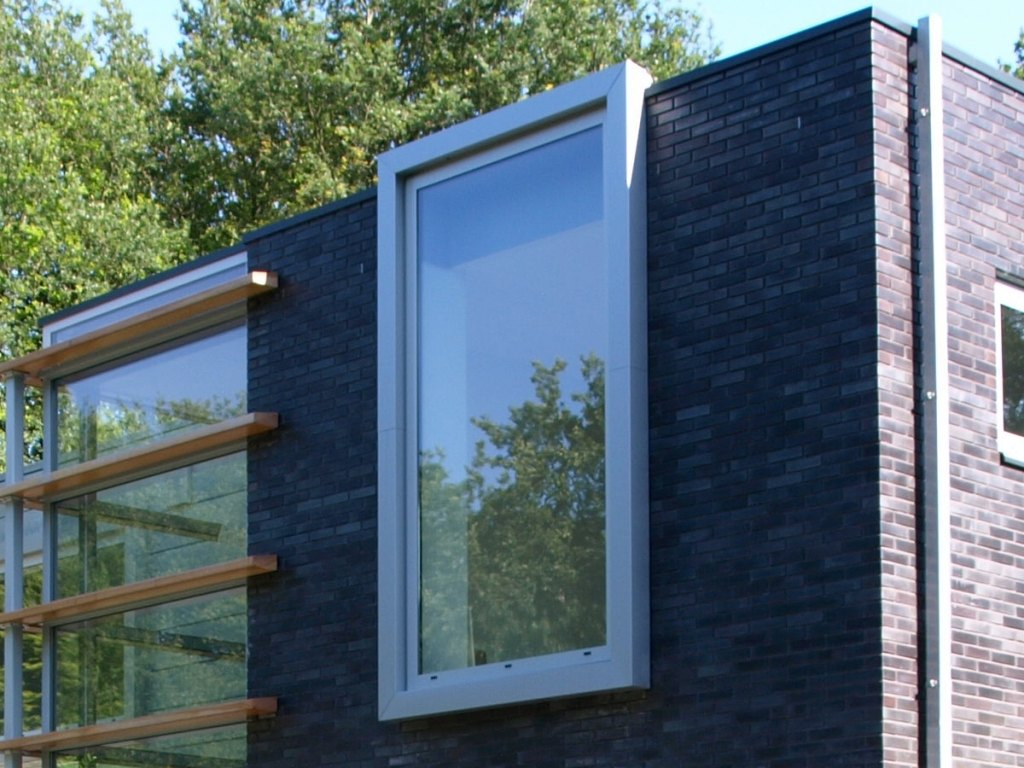 Photo: Modern detached house
