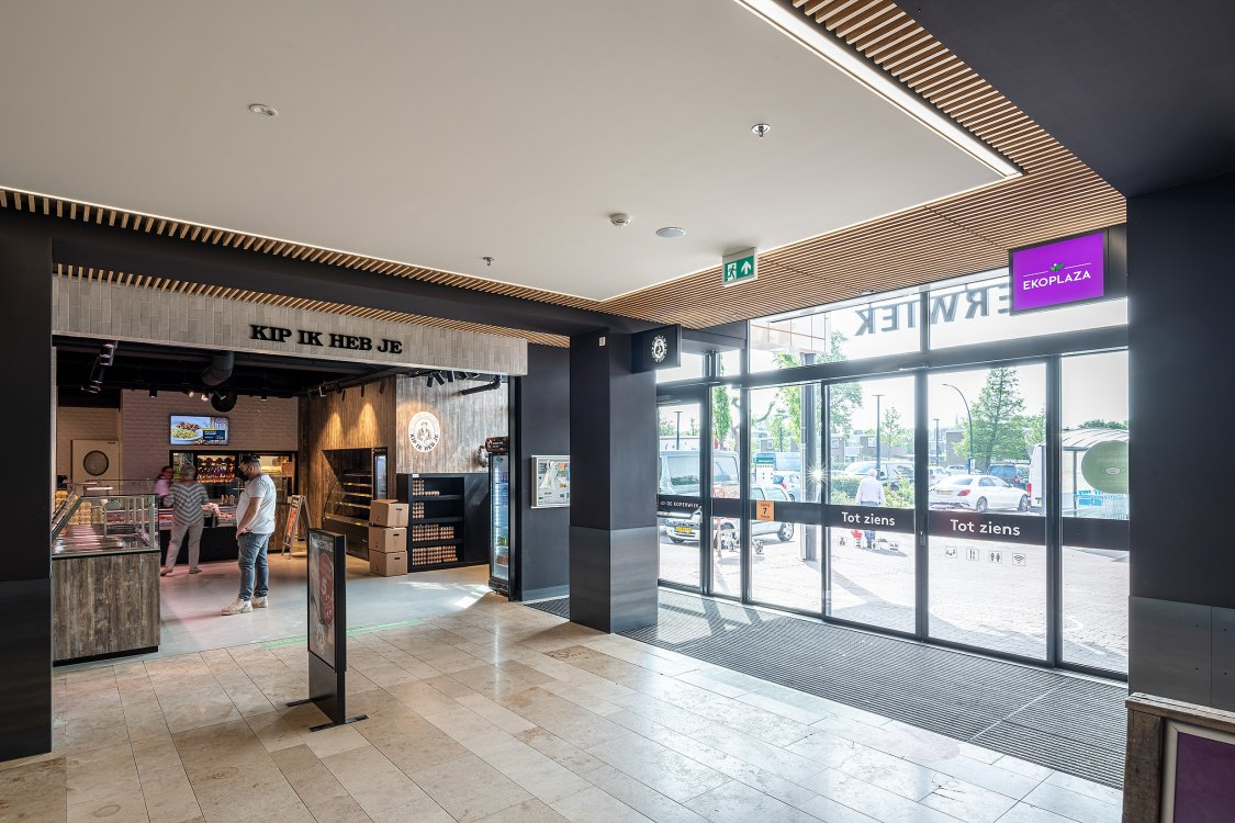 Foto bij: Modernisering Winkelcentrum De Koperwiek geslaagd!
